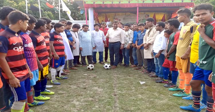 শিবগঞ্জে শেখ কামাল ফুটবল টুর্নামেন্টের উদ্বোধন